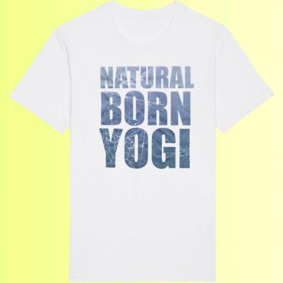 weisses yoga shirt für herren mit natural born yogi aufdruck organic