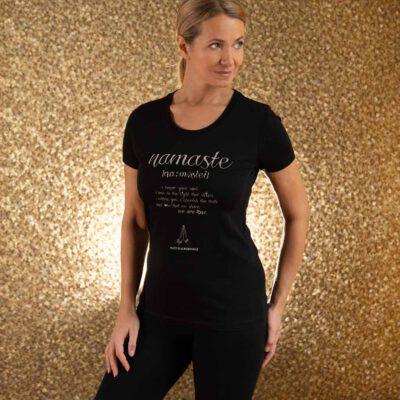 Schwarzes Yoga T-Shirt Namaste für Damen.